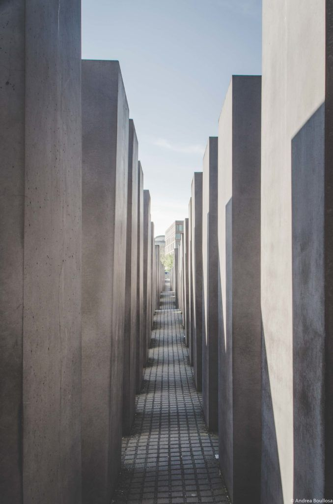 Recorriendo el Memorial del Holocausto